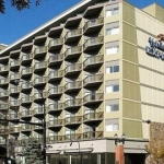 Hotel Holiday Inn Express Edmonton Downtown (.)