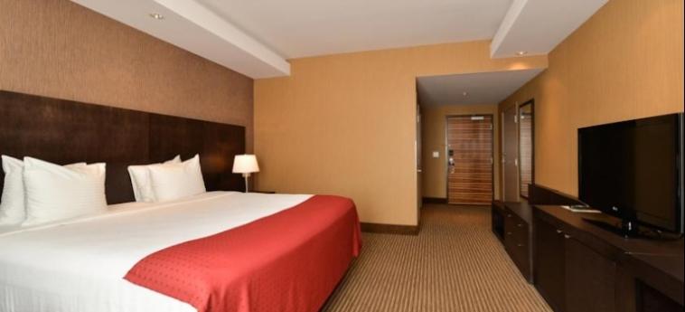 Edmonton Hotel & Convention Centre: Chambre EDMONTON
