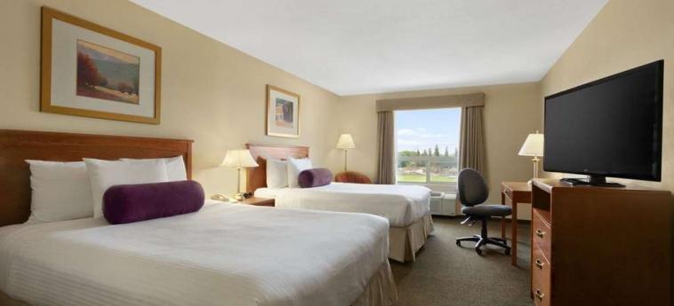 Hotel Days Inn Edmonton South: Habitaciòn EDMONTON