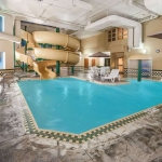 Hotel Wingate By Wyndham - Edmonton West