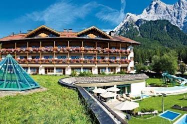 Hotel Aktiv + Familienresort Tiroler Zugspitze: Extérieur EHRWALD