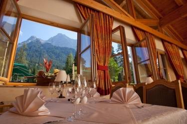Hotel Aktiv + Familienresort Tiroler Zugspitze: Restaurant EHRWALD