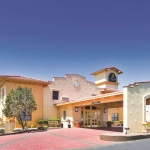 Hotel La Quinta Inn Airport