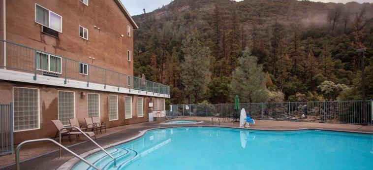 Hotel Yosemite View Lodge: Piscina all'aperto EL PORTAL (CA)