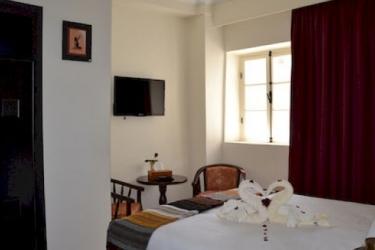 Hotel Riad Benatar: Dormitorio 8 Pax ESSAOUIRA