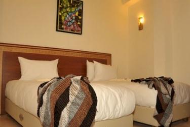 Hotel Riad Benatar: Night Club ESSAOUIRA
