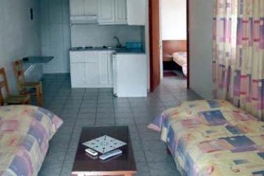 Gikas Apartments: Camera Matrimoniale/Doppia EUBEA
