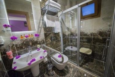 Hotel Kayi : Badezimmer FETHIYE
