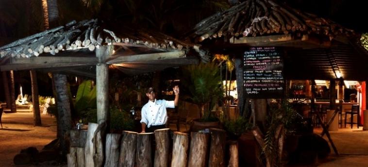 Doubletree Resort By Hilton Hotel Fiji - Sonaisali Island: Bar FIJI ISLAND