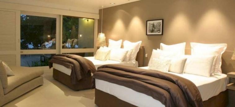 Doubletree Resort By Hilton Hotel Fiji - Sonaisali Island: Dining Area FIJI ISLAND