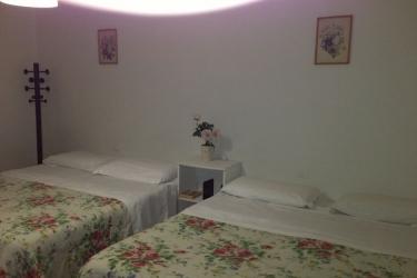 Letti A Castello Firenze.Fotografie Hostel Veronique Firenze Italia Foto