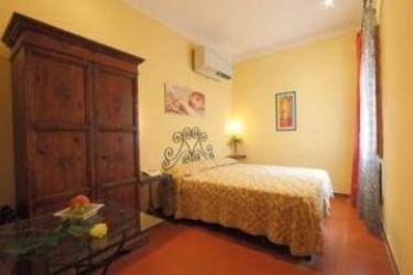Hotel Genesio: Chambre FLORENCE