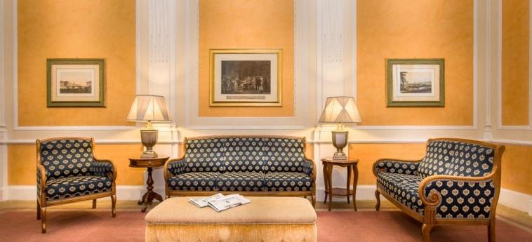 Hotel La Fortezza: Lobby FLORENCIA