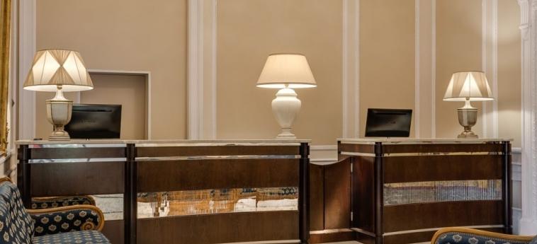 Hotel La Fortezza: Reception FLORENCIA