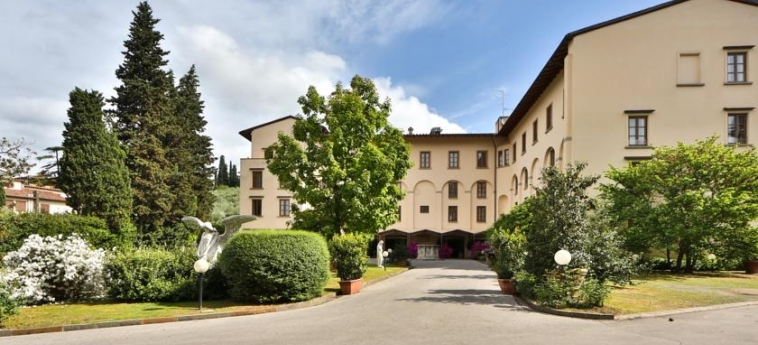 Hotel Villa Gabriele D'annunzio: Exterior FLORENCIA