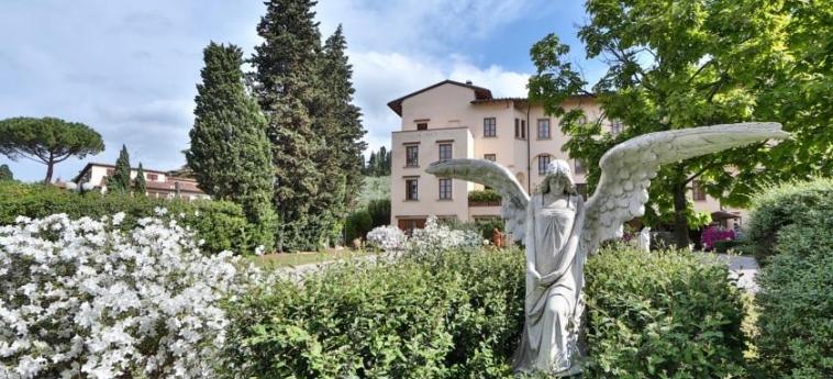 Hotel Villa Gabriele D'annunzio: Jardín FLORENCIA