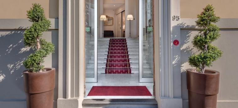 Hotel La Fortezza: Eingang FLORENZ