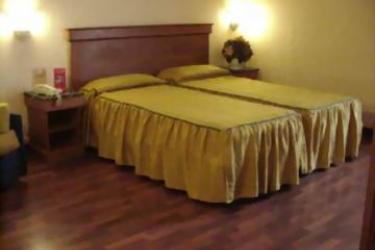 Hotel Porta Faenza: Schlafzimmer FLORENZ