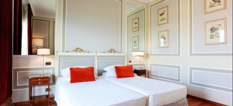 Hotel Sina Villa Medici, Autograph Collection: Schlafzimmer FLORENZ