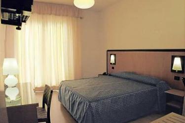 Hotel Masini: Schlafzimmer FORLÌ