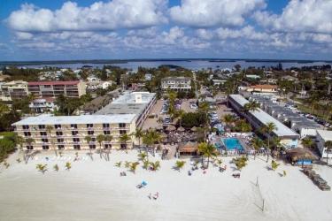 Hotel Outrigger Beach Resort: Exterior FORT MYERS BEACH (FL)