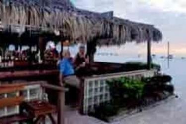 Hotel Outrigger Beach Resort: Lounge Bar FORT MYERS BEACH (FL)