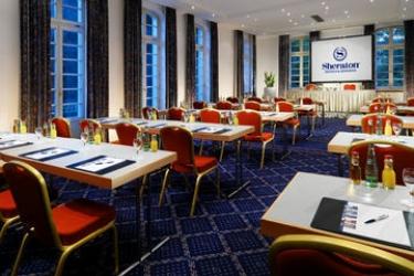 Hotel Sheraton Offenbach: Salle de Réunion FRANCFORT