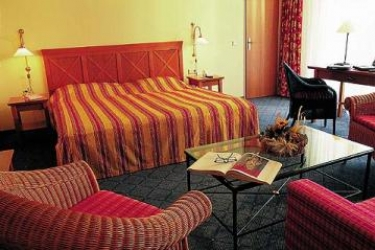 Fleming's Deluxe Hotel Frankfurt Main-Riverside: Schlafzimmer FRANKFURT