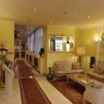 Hotel Ravel International