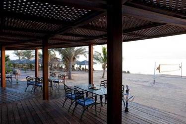 Hotel Le Méridien Al Aqah Beach Resort: Bar FUJAIRAH