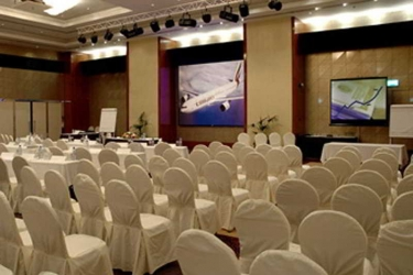 Hotel Le Méridien Al Aqah Beach Resort: Sala de conferencias FUJAIRAH