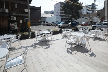 Hotel  Wbf Fukuoka Tenjin Minami: Terrasse/Patio FUKUOKA - FUKUOKA PREFECTURE