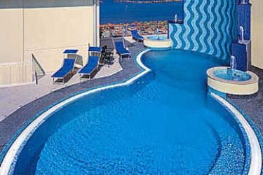 Hotel Maremonti: Außenschwimmbad GABICCE MARE - PESARO URBINO