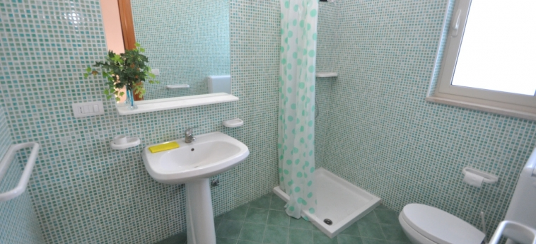 Hotel Residence Mare Blu: Badezimmer GALLIPOLI - LECCE