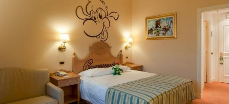 Hotel Gardaland: Habitaciòn Gemela GARDALAND - CASTELNUOVO DEL GARDA