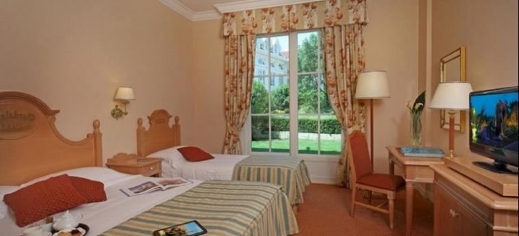 Hotel Gardaland: Winter Garden GARDALAND - CASTELNUOVO DEL GARDA