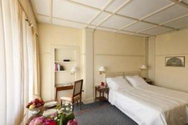 Hotel Du Lac Et Du Parc: Schlafzimmer GARDASEE