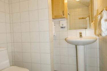 Hotel Ustedalen: Bathroom GEILO
