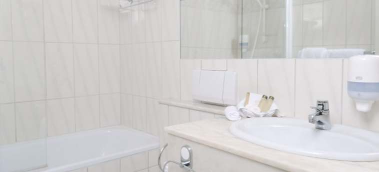 Hotel Dr Holms: Badezimmer GEILO