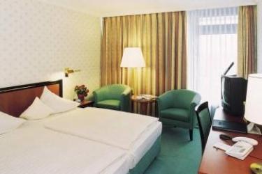 Maritim Hotel Gelsenkirchen: Schlafzimmer GELSENKIRCHEN