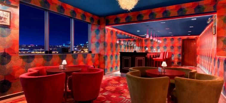 Hotel Ramada Plaza Gence: Bar GENCE