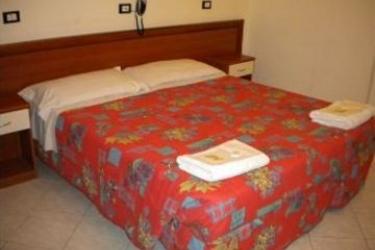 Hotel Serafino: Chambre Double GENES
