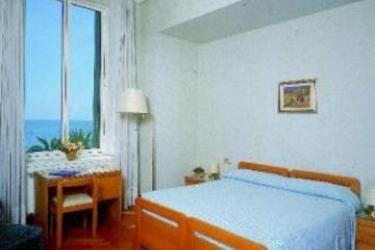 Hotel Mediterranee: Chambre Double GENES