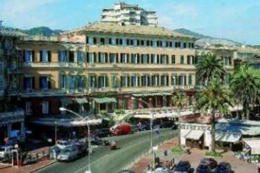 Hotel Mediterranee: Extérieur GENES