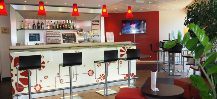 Hotel Ibis Genève Petit Lancy: Bar GENEVA