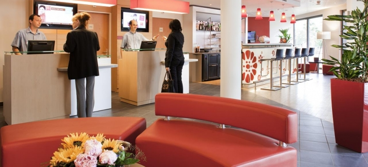 Hotel Ibis Genève Petit Lancy: Reception GENEVA