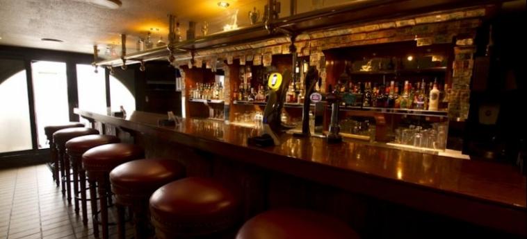 Golden Tulip Al Jazira Hotel And Resort: Bar GHANTOOT
