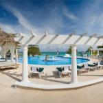 Hotel Breezes Runaway Bay