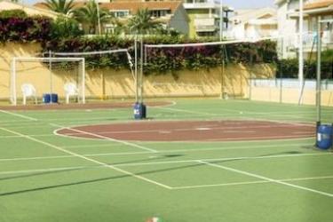 Hotel Holiday Club Naxos: Terrain de Foot GIARDINI NAXOS - MESSINA