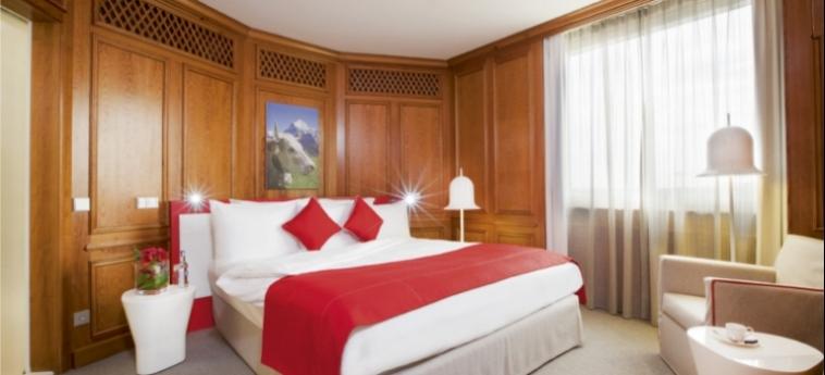 Mövenpick Hotel & Casino Geneva: Camera Suite GINEVRA
